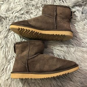 Ugg Classic Mini Brown Ankle Boots Sz 6